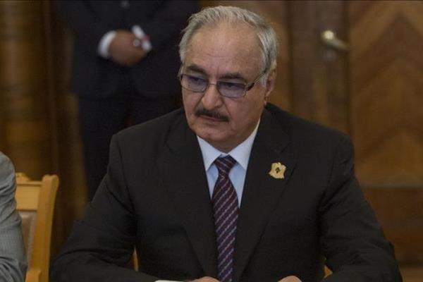 حفتر: جامعه جهانی مانع از اعزام نیروهای ترکیه به لیبی گردد