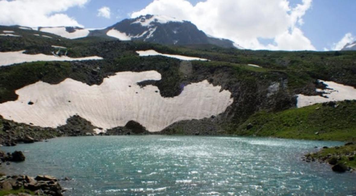 دریاچه چشمه بنچول در اشنویه