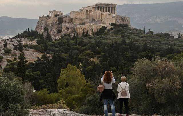 بیشتر مبتلایان جدید به کرونا در یونان جهانگرد هستند