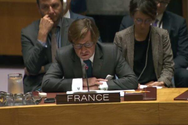 فرانسه به انقضای تحریم تسلیحاتی ایران واکنش نشان داد
