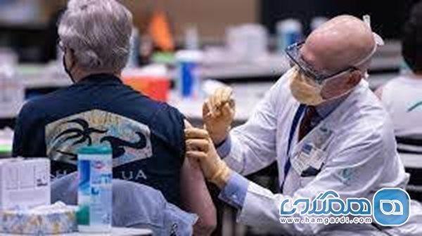 مراقبت های بعد از تزریق واکسن کرونا در افراد و سنین مختلف؛ افراد میانسال تب را تحمل کنند
